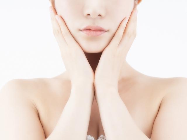 もうすでに老化が気になってきたお肌などにはPOLAのリンクルショットなどを使って十分なスキンケアを!